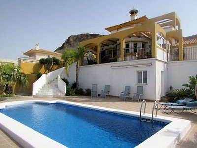 1334: Detached Villa in Mazarron Country Club