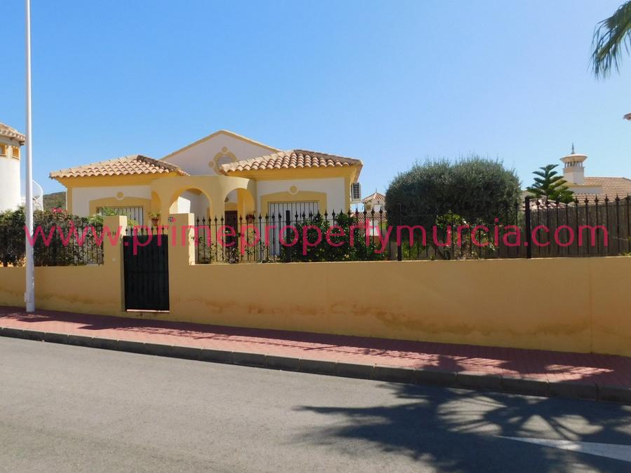 1745: Detached Villa for sale in Mazarron Country Club