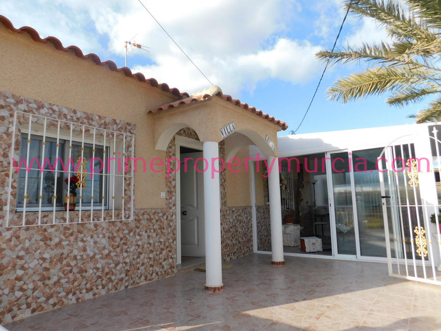 1600: Country House for sale in Lorca