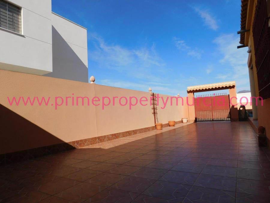 1605: Detached Villa for sale in Puerto de Mazarron