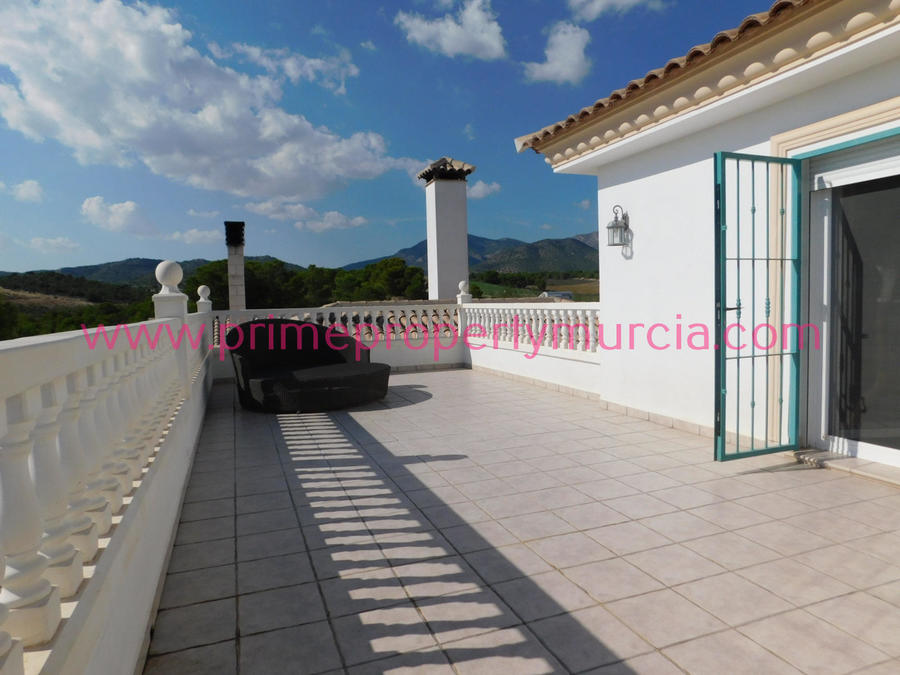 Detached Villa 4 Bedroom  For sale