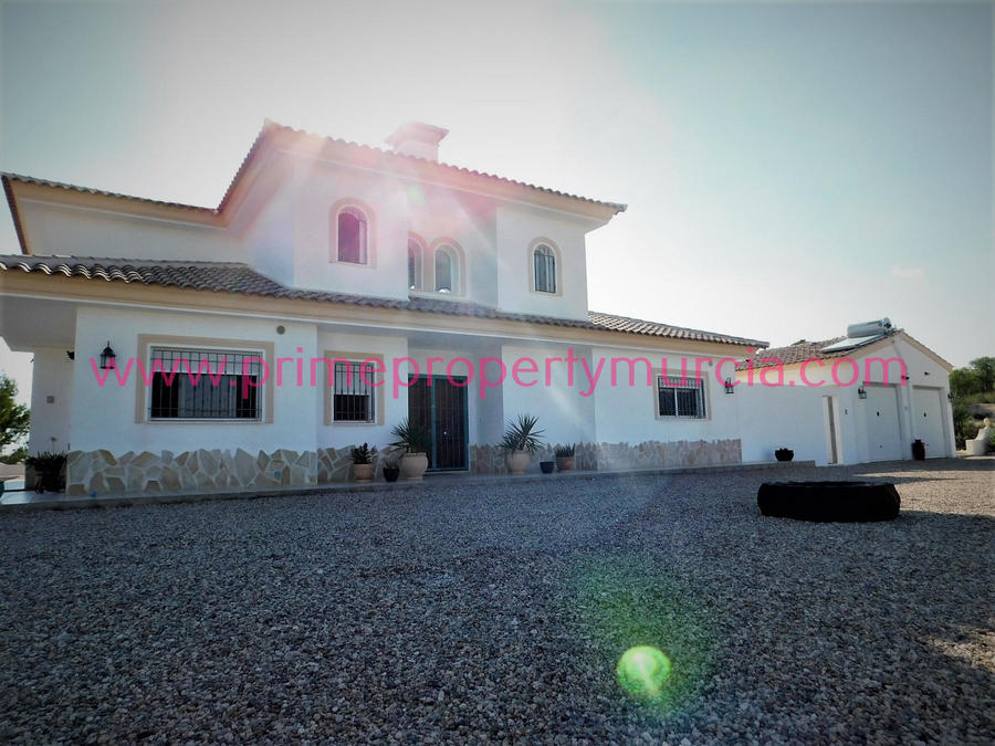 For sale Detached Villa 4 Bedroom