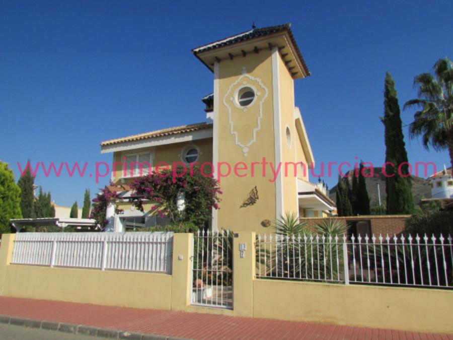 For sale Detached Villa 3 Bedroom