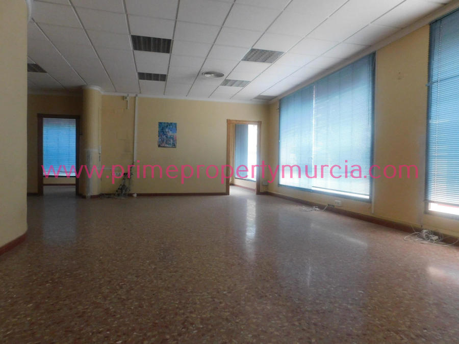 Commercial For Sale in Puerto de Mazarron, Murcia   PPM-1570