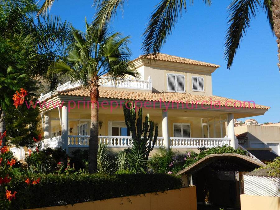 Detached Villa For Sale in Bolnuevo, Murcia with pool  PPM-1671