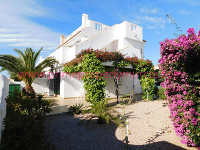 1703: Semi Detached Villa in Bolnuevo