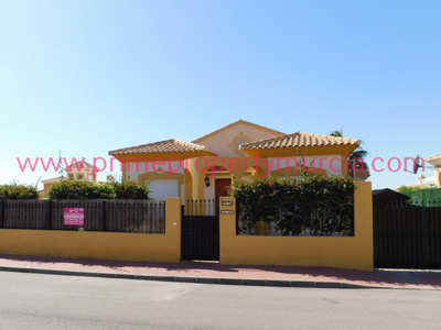 1746: Detached Villa in Mazarron Country Club