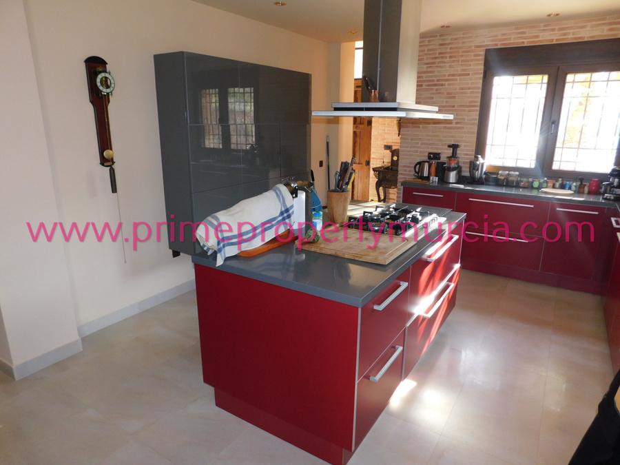 3 Bedroom Totana Detached Villa