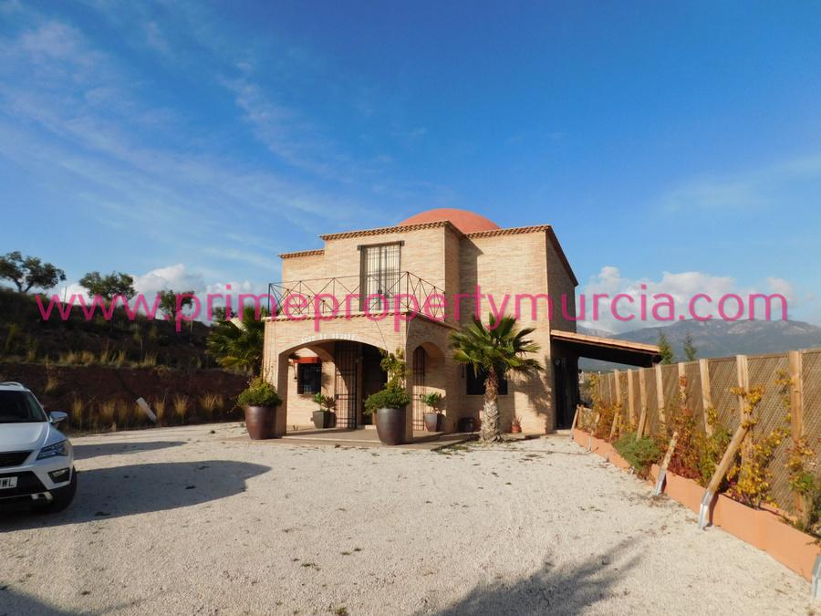 Detached Villa For sale Totana