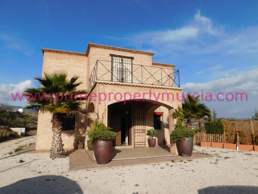 Detached Villa For sale 3 Bedroom