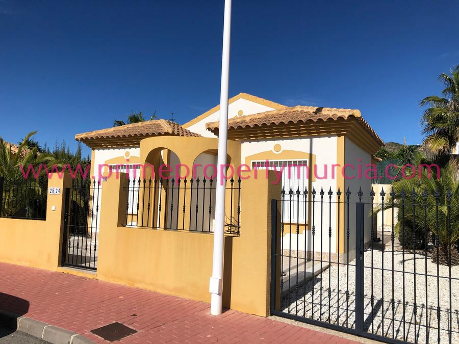 1788: Detached Villa for sale in Mazarron Country Club