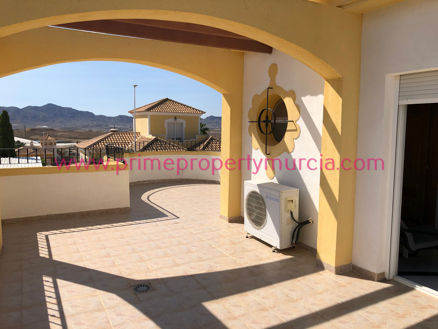 Detached Villa For sale 3 Bedroom
